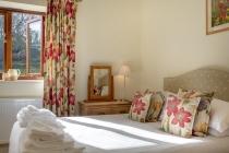 Cart House  - double bedroom