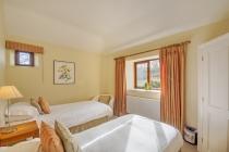 Cart House  - twin bedroom